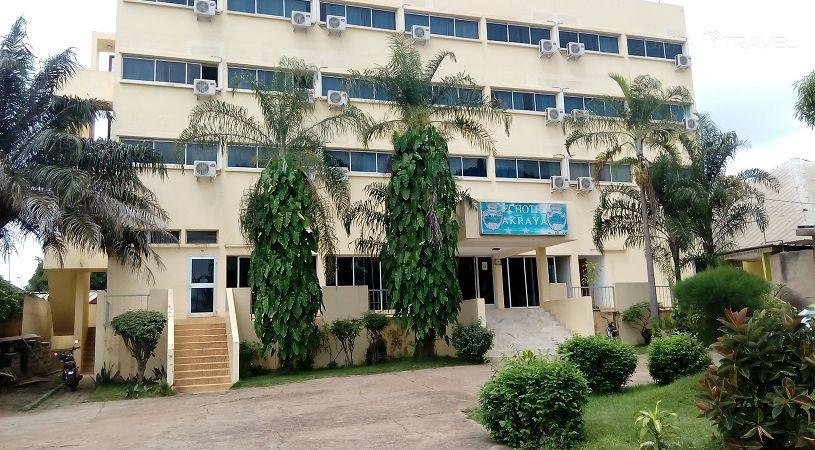 HOTEL AKRAYA